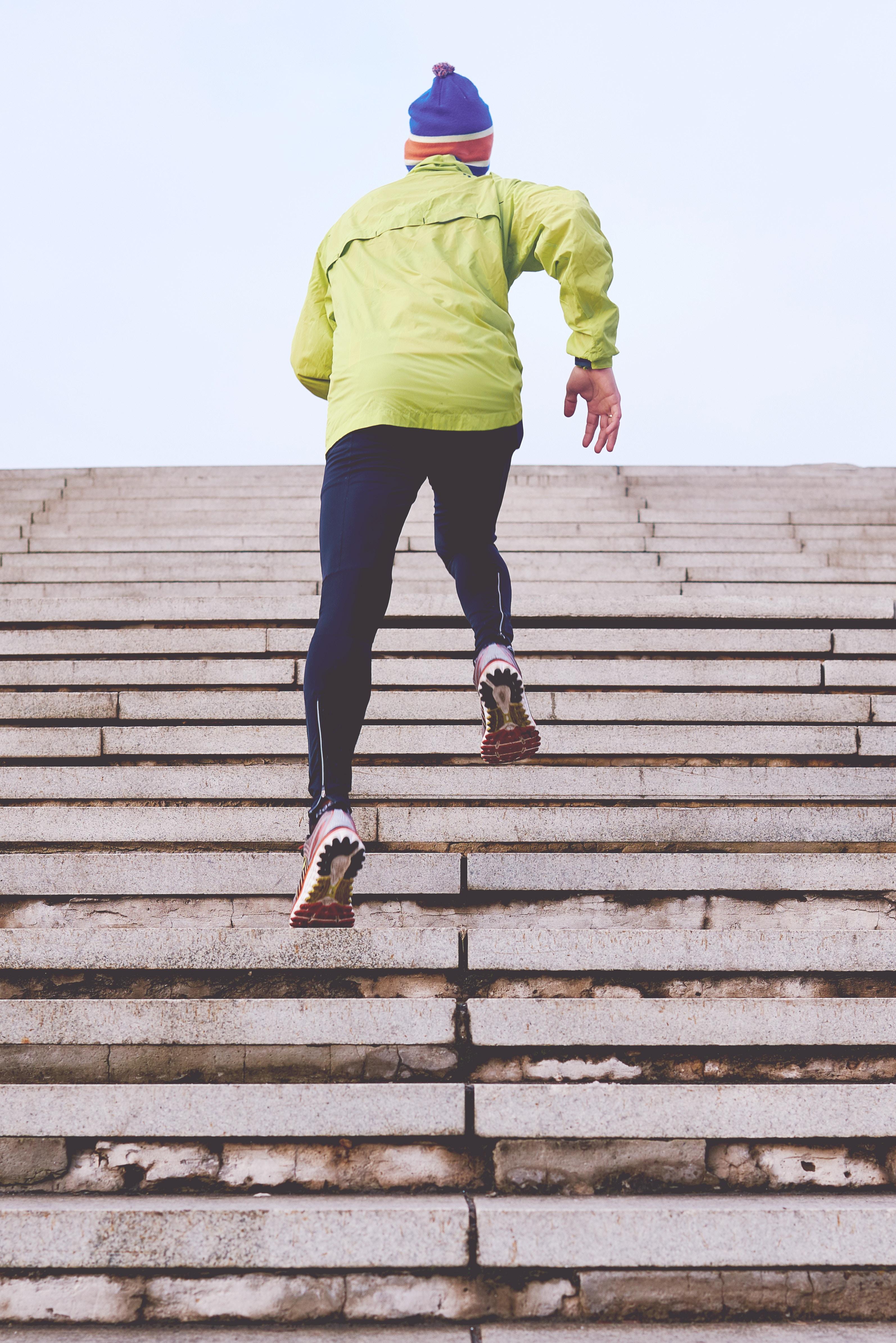 Comment s'entraîner pour la randonnée ? (GUIDE PRATIQUE)