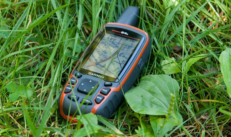 Comment CHOISIR et UTILISER un GPS de randonnée ?