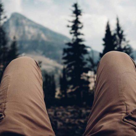 Randonnée et douleurs aux genoux : mes conseils