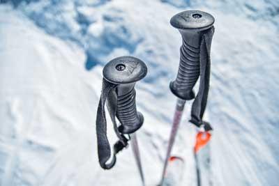 Meilleurs Bâtons de Ski (Comparatif & Guide d'Achat)