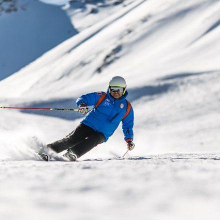 Comment Faire Un Virage Parallèle (Ski en parallèle ou ski carving)